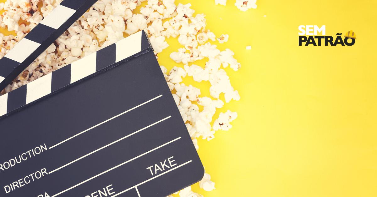 A imagem mostra pipoca e take de filmagem, relacionados a ideia de assistir filmes para empreendedores